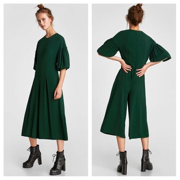 d8ac975aa56 Zara Cropped jumpsuit voluminous sleeves